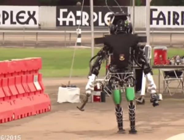 【試行錯誤の先に成功がある】七転八起なロボット人生。何事も最初からうまくはいかない